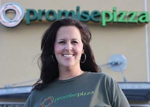 Social Media Guru Suzanne Cordeiro